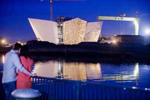 TURISMO-DE-IRLANDA_Titanic-Belfast-Experience_Northern-Ireland-Tourist-Board