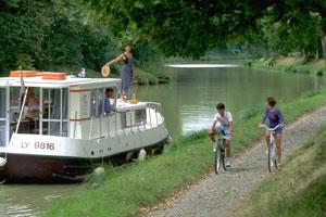 Turismo fluvial: la vida a bordo de un barco en Midi-Pyrénées