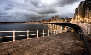 Gijón firma de nuevo un acuerdo con Iberia