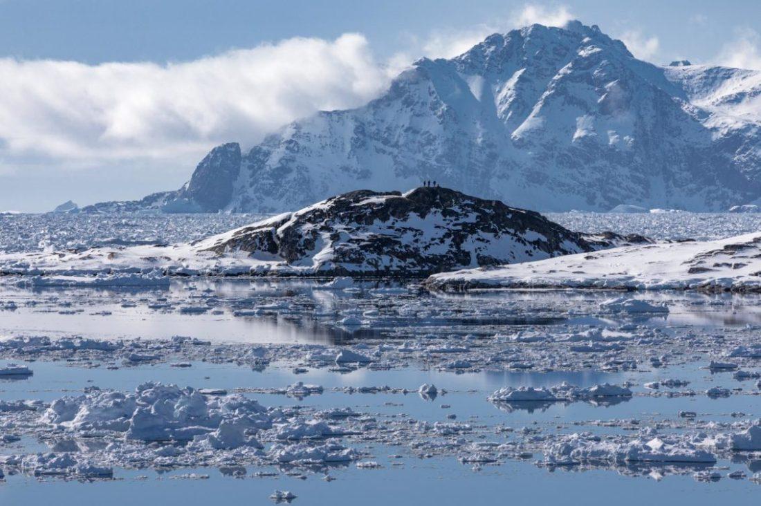Greenland Dog Sledding - Tusker Trail - 01