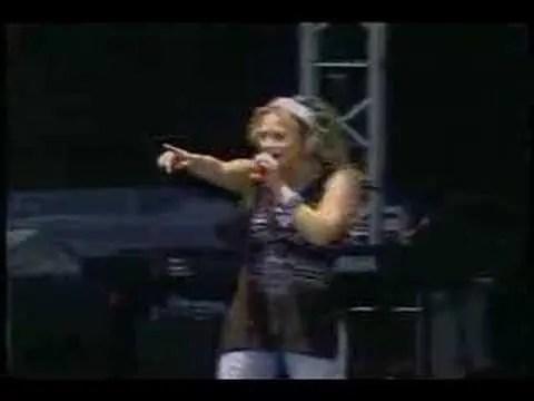 En este momento estás viendo Video: I Believe In God – Zoe Girl