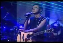 Video: Me Robaste El Corazon - Alex Campos