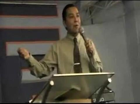 Si Dios es por nosostros, quien contra nosotros – Luis Bravo