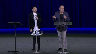 Photo of Brian Houston – Nada (Ensancha 2016)