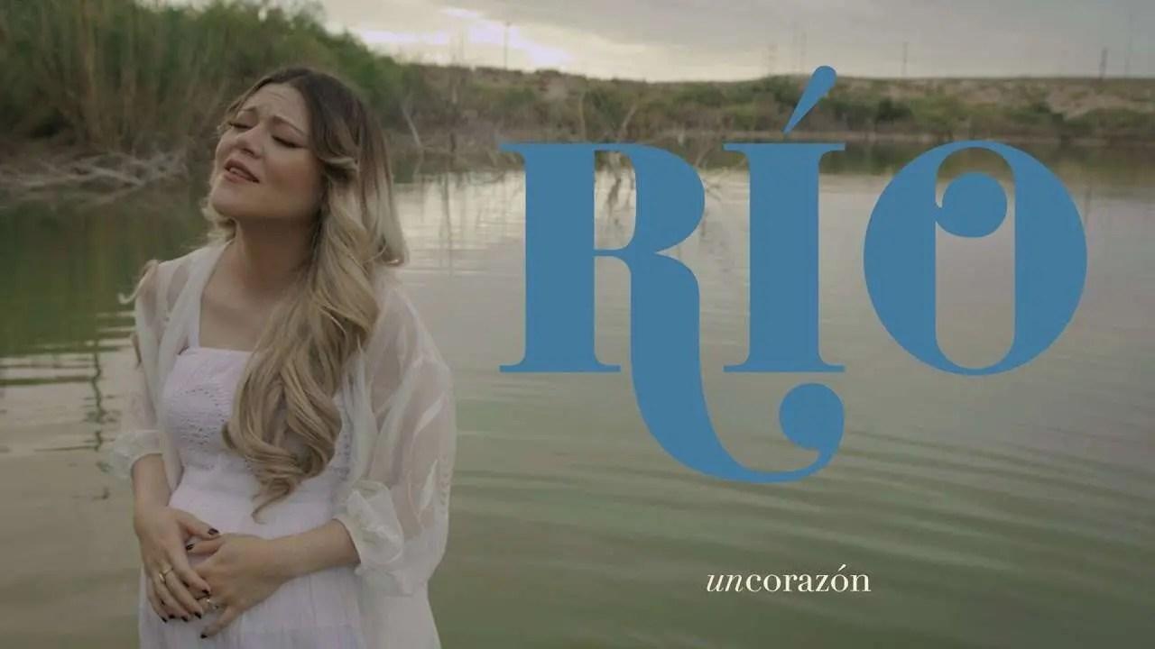 En este momento estás viendo Un Corazón – Río (Videoclip Oficial)