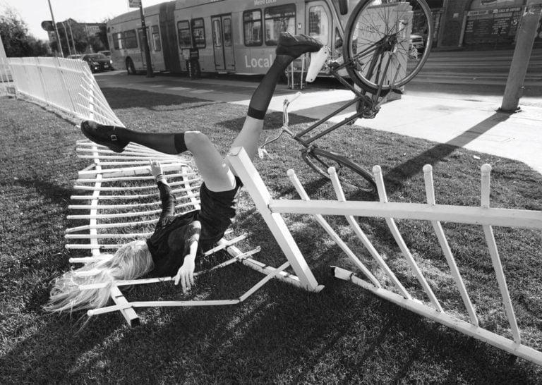 La gravità e le sue difficoltà: le foto di Mike Dempsey 4