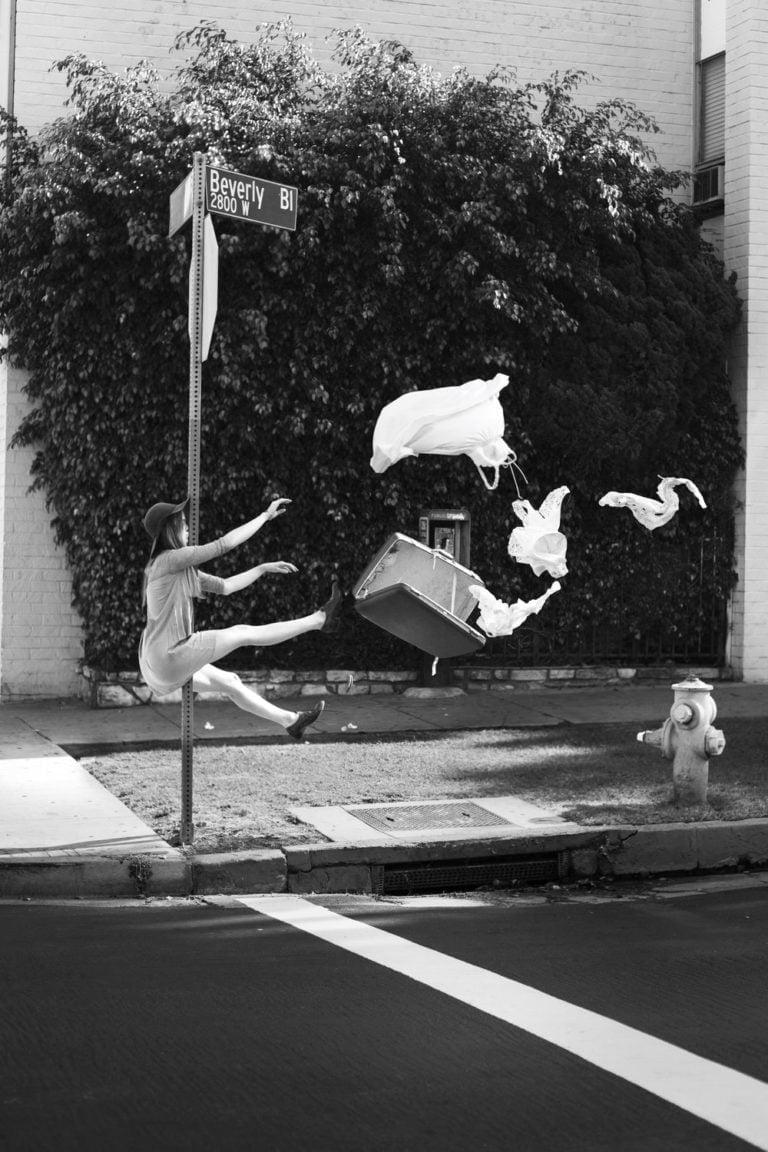 La gravità e le sue difficoltà: le foto di Mike Dempsey 5