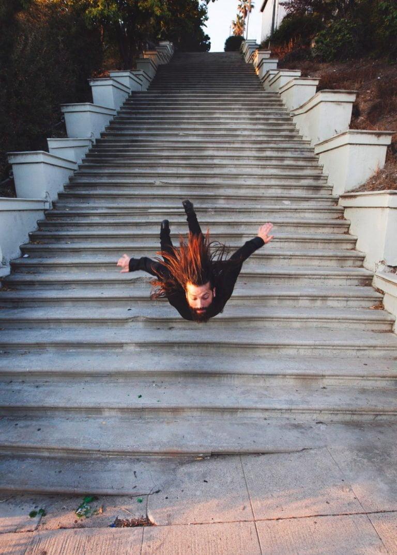 La gravità e le sue difficoltà: le foto di Mike Dempsey 2
