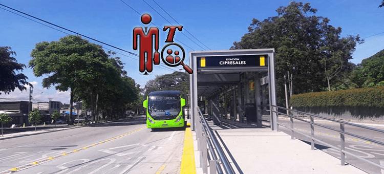 Transmetro, metodo de transporte público en Guatemala, buses verdes con vías exclusivas
