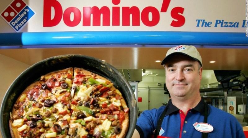 Logo de Domino´sPizza y una pizza