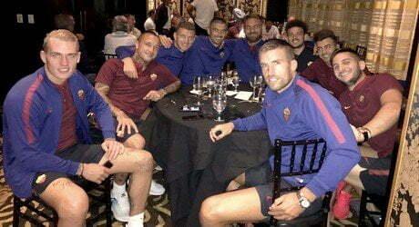 AS ROMA A cena dopo la partita 💛❤️ (FOTO)