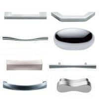 La nostra gamma di pomelli e maniglie per i mobili da cucina, infatti, è composta da varie forme e di diversi materiali, per consentirti il massimo livello di personalizzazione della tua cucina. Maniglie Per Mobili Pomelli Per Mobili Maniglie Per Cucine Pomoli Per Mobili Tuttoferramenta