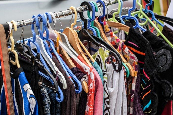 Come vendere vestiti usati: molti siti internet specializzati offrono buone opportunità di guadagno