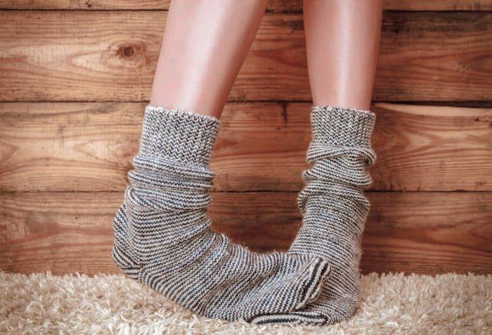 Rimedi naturali contro i piedi freddi