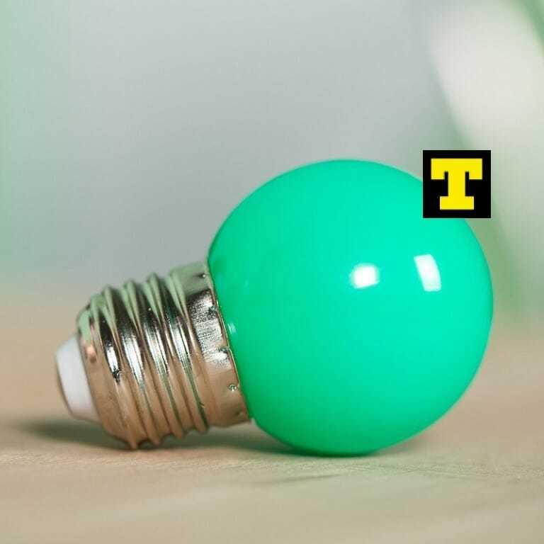 Lampadina led 1w e27 2700k sfera verde ip20 for Lampadine led costo