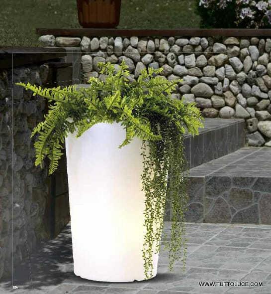 Luci per esterno vasi luminosi da giardino for Vasi moderni da terra