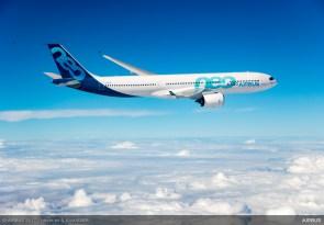 A330neo-first-flight-landing-094