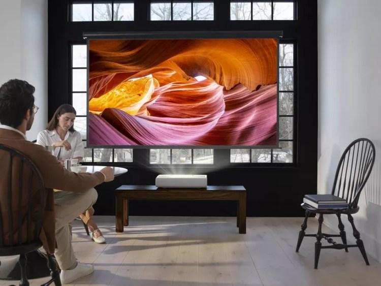 Samsung annuncia The Premiere e Wireless Charging Trio, un caricabatterie 3 in 1 1