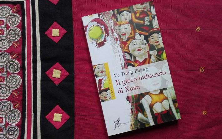 il gioco indiscreto di Xuan ObarraO edizioni libro vietnamita