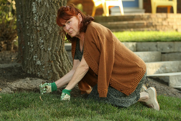 Verna McBride (Mary Walsh) looks at her new neighbours, Sarah and Dylan, with disgust