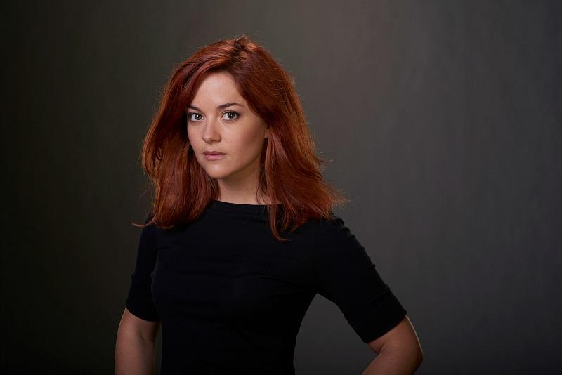 Sarah Greene as Maxine Carlson