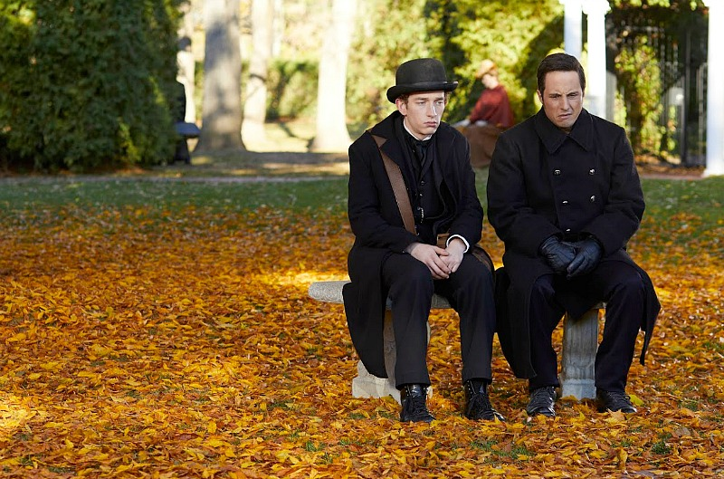 "Murdoch Mysteries: ""Master Lovecraft"" preview and"