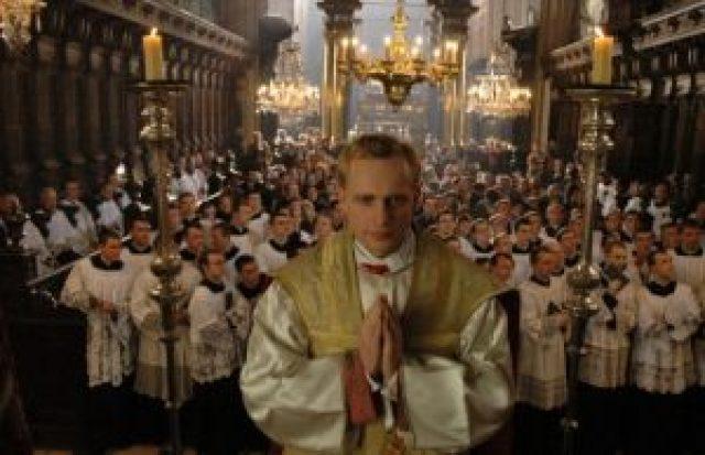 Karol, un Papa rimasto uomo   Tv2000 DocFilm