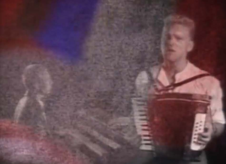 Erasure - The Circus - Official Music Video