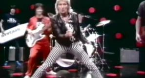 Rod Stewart - Passion - Official Music Video