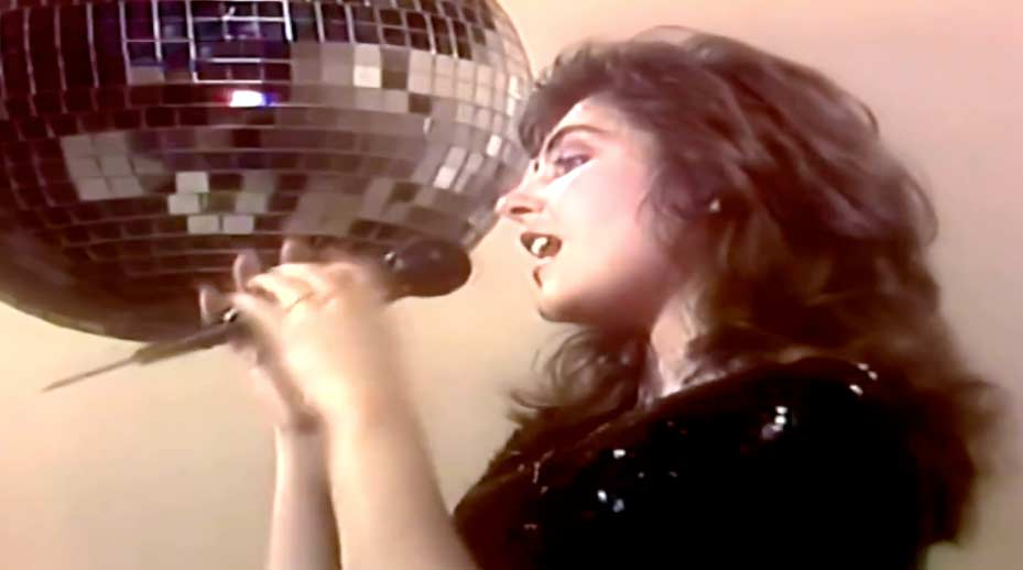 Laura Branigan ‎- Gloria - Official Music Video.