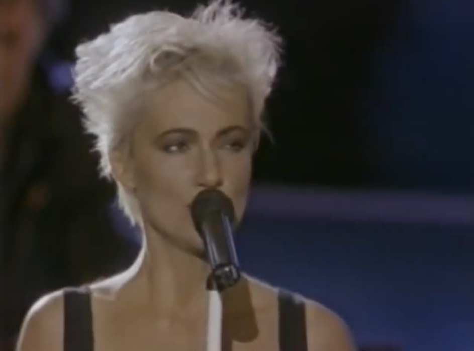 Roxette - Listen To Your Heart - Official Music Video