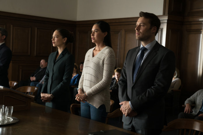 Burden of Truth season 3 episode 8 - Kristin Kreuk as Joanna Chang, Sera-Lys McArthur as Kodie and Peter Mooney as Billy Crawford