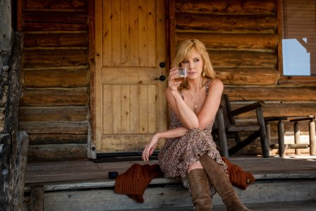 Yellowstone Season 3 Episode 7 - Kelly Reilly as Beth Dutton.