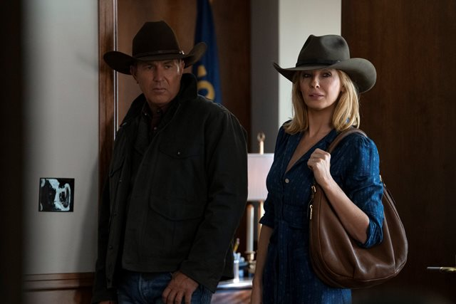 "YELLOWSTONE S3 PHOTOS FOR EP 10 ""THE WORLD IS PURPLE"" – SEASON FINALE PREMIERES SUNDAY, AUGUST 23 AT 9 P.M.,"
