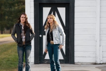 "#Yellowstonetv_309_(L-R) Eden Brolin as Mia and Hassie Harrison as Laramie. Episode 9 of Yellowstone - ""Meaner than Evil"" Premieres August 16th"