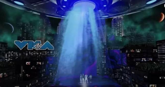 Watch Black Eyed Peas Perform