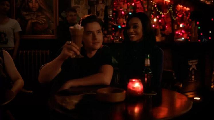 Riverdale Season 5 Episode 15 -The-Return-of-the-Pussycats-06-Jughead-Tabitha