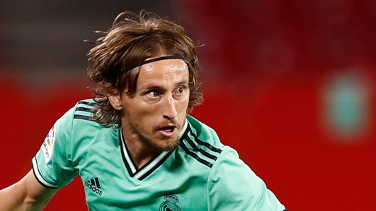 LA LIGA: Luka Modrić pogotkom zapečatio Realovu pobjedu u gostima protiv Barcelone