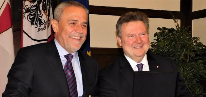Bečki gradonačelnik Ludwig rekao kako je Bandić bio veseo čovjek i veliki prijatelj Beča