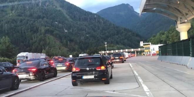 STROŽA PRAVILA: Njemačka uvrstila Hrvatsku među visokorizična područja, evo što to znači za putnike