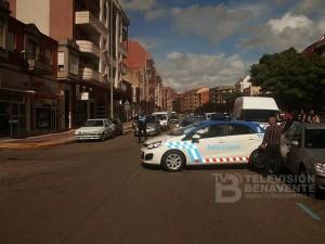 coche nuevo policia accidente
