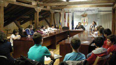 Photo of Alumnos del colegio Las Eras participan en el programa Conoce tu Ayuntamiento