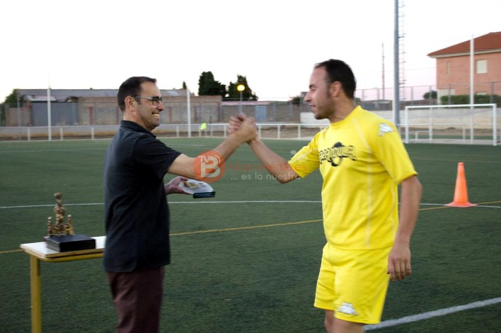 Entrega del Trofeo al equipo Subcampeón de Liga