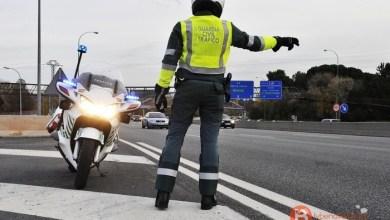 Photo of La Guardia Civil intensifica los controles sobre el uso del cinturón y el estado de los neumáticos