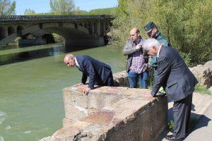 subdelegado visita puente castrogonzalo derrumbe 2016 - 01