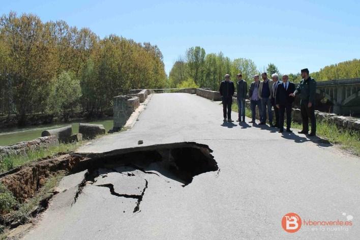 subdelegado visita puente castrogonzalo derrumbe 2016 - 03