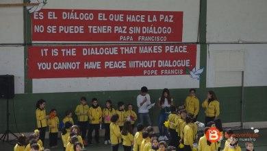 Photo of GALERÍA: El Colegio Virgen de la Vega celebra el Día de la Paz