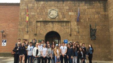 Photo of Un grupo de 19 finlandeses de intercambio visitan el IES Los Sauces