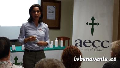 Photo of Charla sobre los cuidados de la piel en la AECC de Benavente