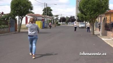 Photo of Vecinos de la Calle Valdelazarza transmiten sus quejas por la suciedad